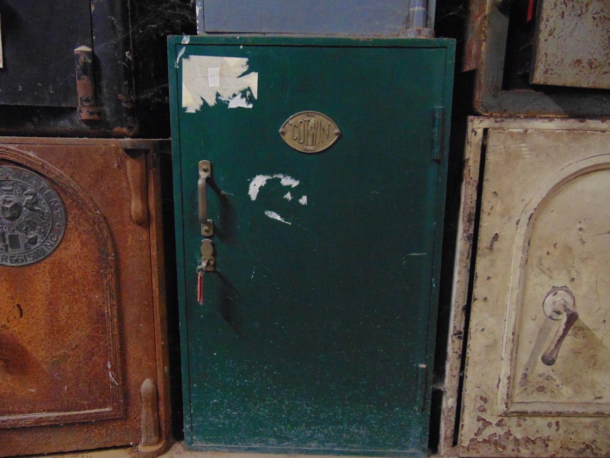 Cassaforte originale inglese di epoca vittoriana in ferro dsc03290.jpg