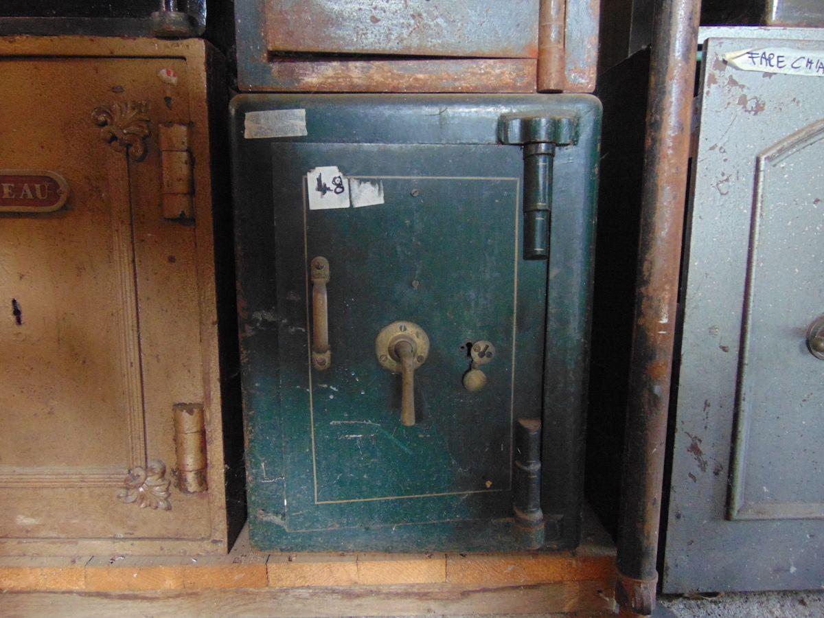 Green safe dsc03279.jpg