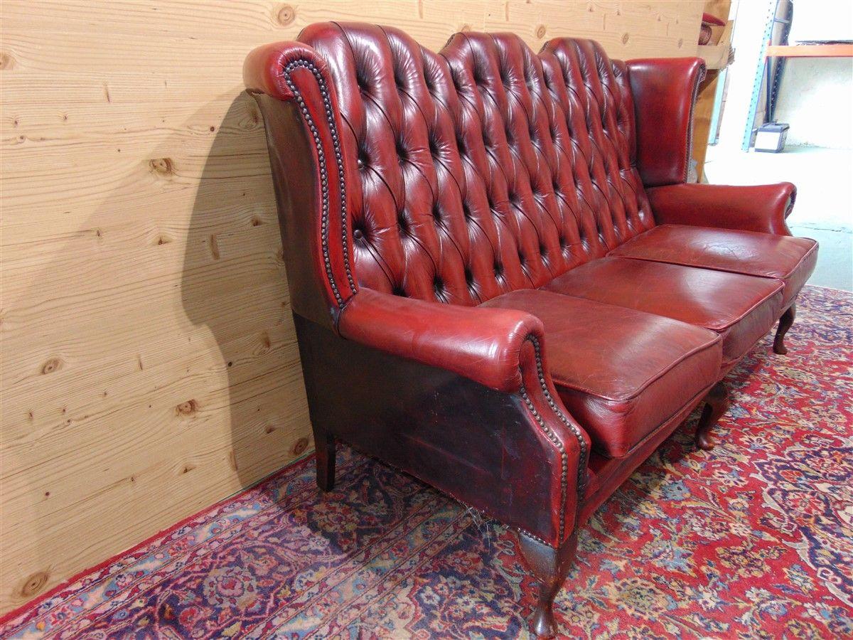 Red Chester sofa dsc05479.jpg