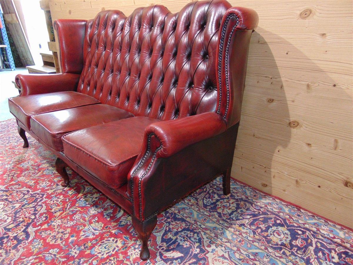 Red Chester sofa dsc05478.jpg