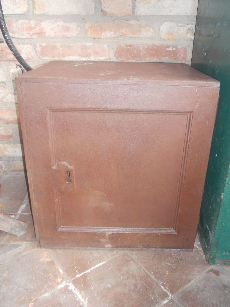 Cassaforte originale inglese di epoca vittoriana in ferro scn4144.jpg