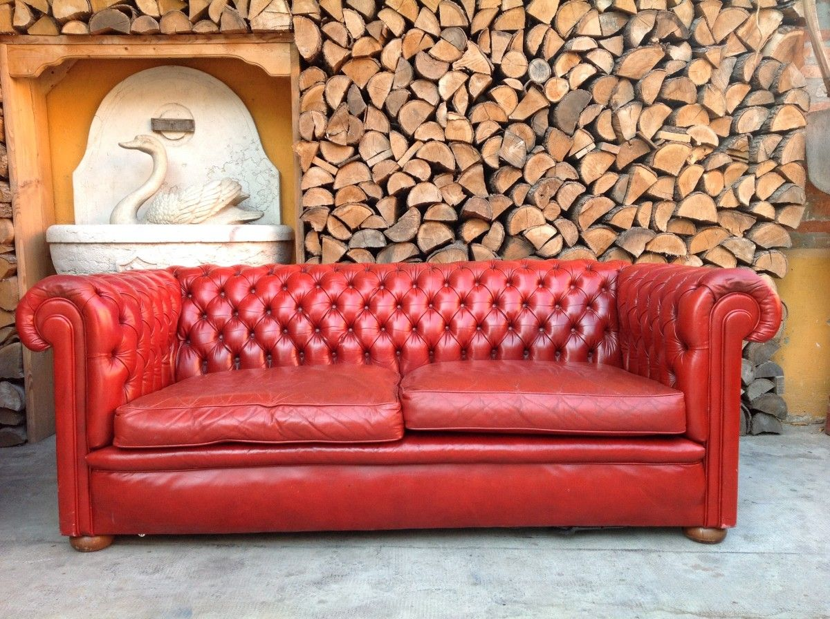 Salotto Chesterfield originale inglese vintage in vera pelle color rosso img_4578-1200.jpg