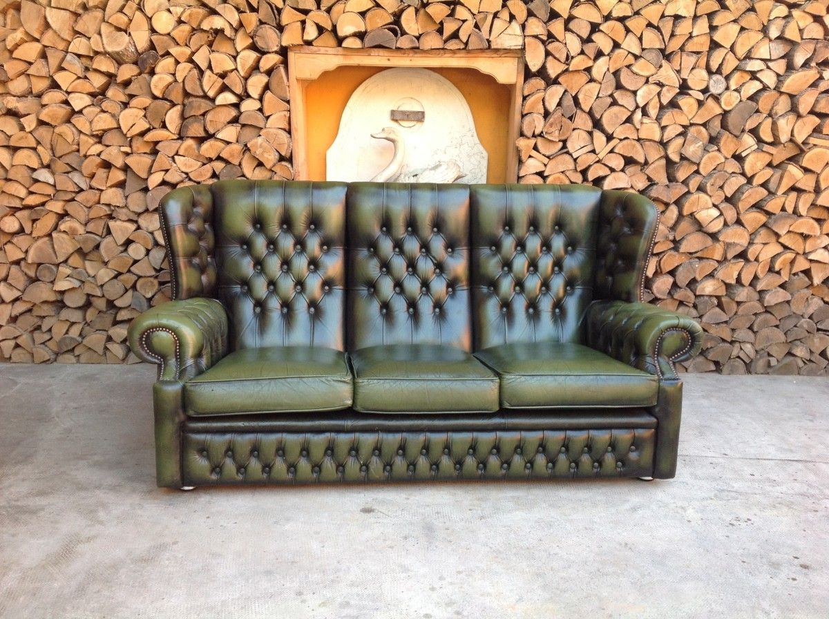 English vintage Chesterfield 3 seater sofa in genuine green leather img_4229-1200.jpg