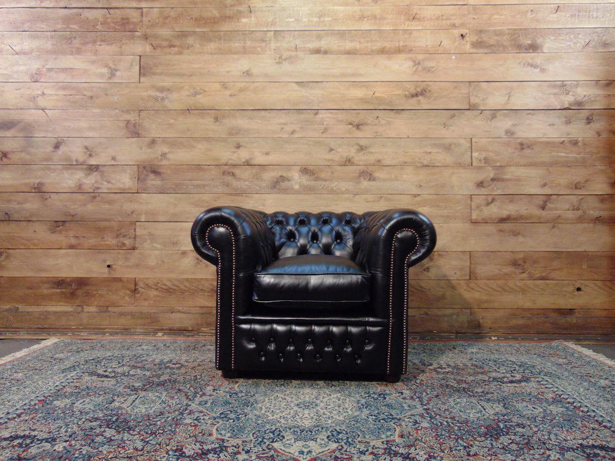 Poltrona Chesterfield Club nuova originale inglese in vera pelle di vitello color nero dsc01405.jpg