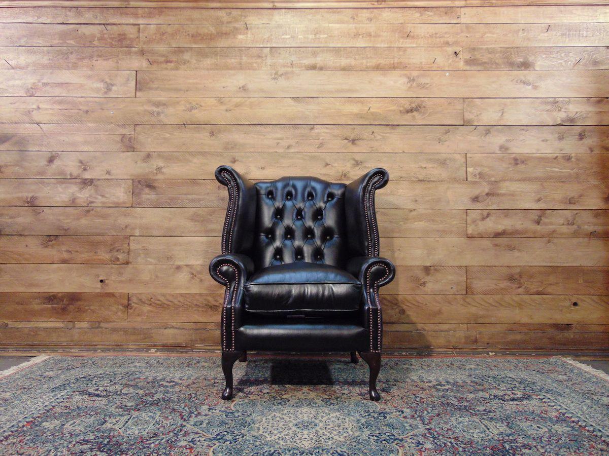 Poltrona Chesterfield Queen Anne originale inglese in vera pelle di vitello color nero dsc01397.jpg