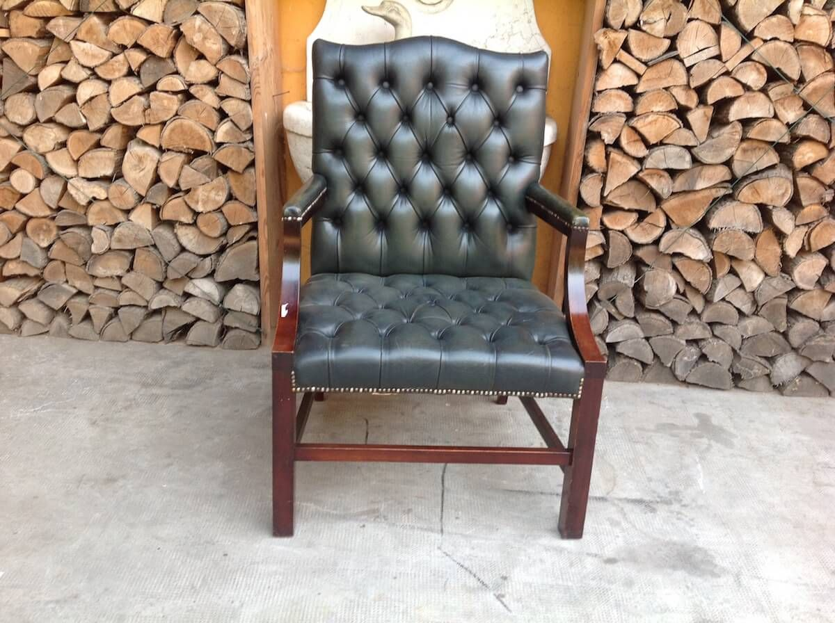 Chesterfield armchair original English vintage green color img_7780.jpg