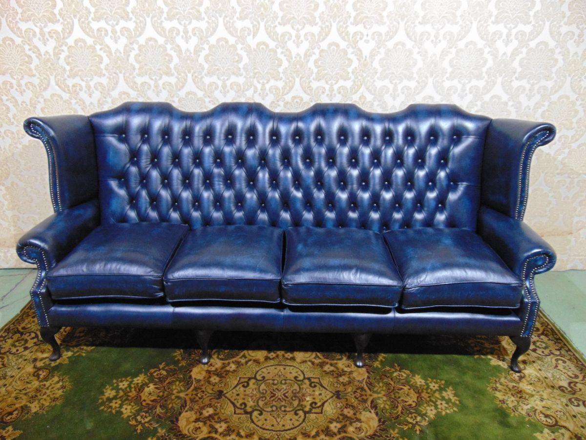 Divano Chesterfield Queen Anne 4 posti Nuovo color blu dsc00487.jpg