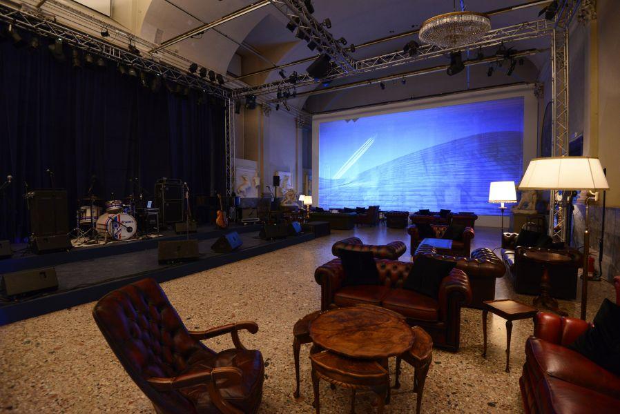 Allestimento giornata della Bugatti in collaborazione con studiokhom 010__tom5825.jpg