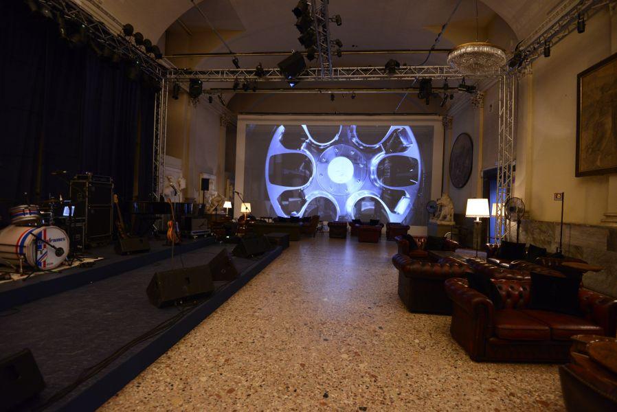 Allestimento giornata della Bugatti in collaborazione con studiokhom 011__tom5829.jpg